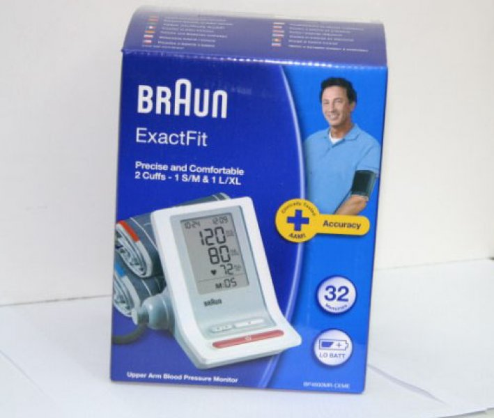 Braun ExactFit Üst Koldan Ölçer Tansiyon Aleti